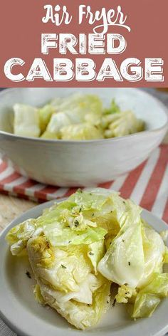 Recipes Air Fryer Cabbage is such a healthy food - and we think of it as either cold & crunchy or hot & soggy - but NOT anymore! I made air fryer fried cabbage that is light and still has a nice bite to it! It's a great HEALTHY side dish for any meal! Air Fryer Oven Recipes, Air Frier Recipes, Air Fryer Dinner Recipes, Air Fryer Recipes Potatoes, Air Fryer Recipes Vegetables, Phillips Air Fryer, Cooks Air Fryer, Air Fried Food, Cooking Recipes