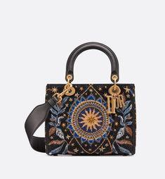 Lady Dior Nature Ballet bag aria_frontView - Dior Purse - Ideas of Dior Purse - Lady Dior Nature Ballet bag aria_frontView Dior Purses, Dior Handbags, Cheap Handbags, Fashion Handbags, Tote Handbags, Purses And Handbags, Fashion Bags, Leather Handbags, Celine Handbags