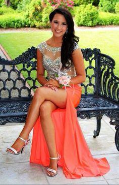 Elegant Orange Chiffon Evening Dresses Sheer Crew Neck Sleeveless Beaded Crystals Formal Prom Party Gowns Vestidos