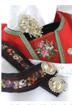 Folk Costume, Costumes, Holland, Trondheim Norway, Beautiful Norway, Folk Fashion, Women's Fashion, Folk Embroidery, Bridal Crown