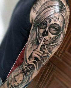Back Tattoos For Guys, Sleeve Tattoos For Women, Tattoo Sleeve Designs, Tattoo Designs Men, Art Designs, Tattoo Sleeves, La Muerte Tattoo, Catrina Tattoo, Tattoo Girls