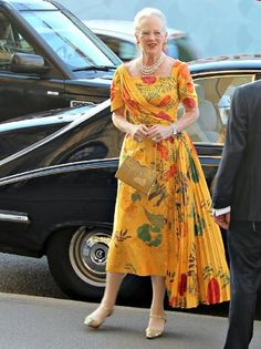 Noblesse Royautés: Danish Royal Family attended a gala at the Royal Danish Theatre, June Margrethe II