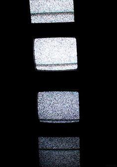 Di Suatu Pagi, Aku Menyalakan Televisi - inspirasi.co