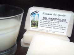 Χειροποίητο Σαπούνι με Βουβαλίσιο Γάλα Handmade Soap with Buffalo milk Face And Body, Glass Of Milk, Coconut Oil, Moisturizer, Soap, Organic, Green Houses, Moisturiser, Soaps