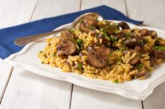 Orzo with Mushrooms and Chives, now gluten-free and vegan. A Cooking Light recipe renovation by The Recipe Renovator. Greek Recipes, Light Recipes, Pasta Recipes, Cooking Recipes, Quick Side Dishes, Vegetarian Recipes, Healthy Recipes, Stuffed Mushrooms, Stuffed Peppers