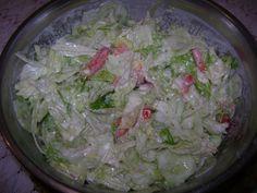 Fokhagymás jégsaláta recept. Válogass a többi fantasztikus recept közül az Okoskonyha online szakácskönyvében! Kefir, Cabbage, Vegetables, Food, Vegetable Recipes, Eten, Veggie Food, Cabbages, Meals