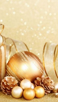 2014 Winter Most Popular Gold Christmas Tree Decors You Must Have - Fashion Blog
