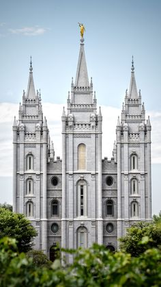 LDS Temple Photography by Nick Starn Ancient Greek Architecture, Temple Architecture, Utah Temples, Lds Temples, Salt Lake City, Temple Tattoo, Jungle Temple, Lds Temple Pictures, Mormon Temples