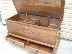 Cedar hope chest plans Because the fragrance of cedar discourages moths Cherry More Building a Hopechest Easy step by step hope chest plans with Woodworking Magazine, Woodworking Projects, Furniture Plans, Wood Furniture, Trunks And Chests, Wood Chest, Blanket Chest, Wood Plans, Wooden Boxes