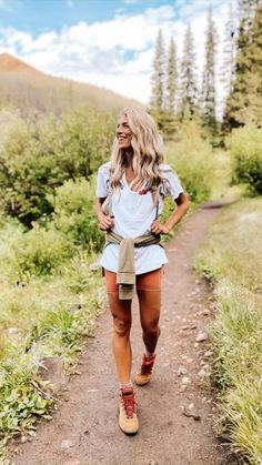 Hiking Boots Outfit, Cute Hiking Outfit, Summer Camping Outfits, Summer Outfits, Hiking Outfit For Women, Womens Hiking Outfits, Hiking Dress, Mountain Hiking Outfit, Camping Style