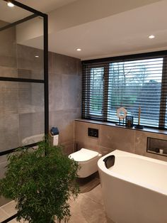 Simple Bathroom Designs, Small Apartment Decorating, Dream Bathrooms, Bathroom Interior Design, My New Room, Bathroom Renovations, Small Apartments, Bathroom Inspiration, Future House