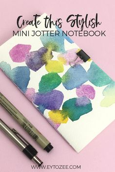Create this stylish mini jotter notebook that you can use also for your travel journals. Easy Diy Crafts, Fun Crafts, Crafts For Kids, Paper Crafts, Diy Paper, Art Journal Prompts, Art Journal Techniques, Journal Ideas, Craft Tutorials