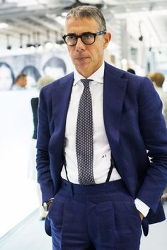 A great navy blue suit with pleated pants. Mature Mens Fashion, Suit Fashion, Dapper Gentleman, Gentleman Style, Navy Blue Suit, Navy Suits, Groom Suits, Groom Attire, Expensive Suits