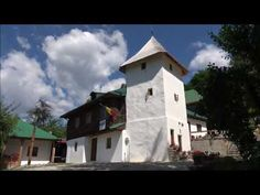 Manastirea Bradu  (Schitul Bradu) Home Fashion, Mansions, House Styles, Home Decor, Decoration Home, Manor Houses, Room Decor, Villas, Mansion