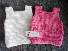 pechitos chalecos bebe tejido a mano 3/6 y 6/9 meses Baby Sweater Patterns, Knit Baby Sweaters, Knitting Patterns Free, Baby Knitting, Crochet Patterns, Crochet For Kids, Knit Crochet, Baby Vest, Crochet Slippers