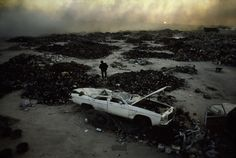 GULF WAR & KUWAIT OILD FIRES IN 1991 PHOTOGRAPHED BY STEVE MCCURRY IN SOME/THINGS MAGAZINE CHAPTER005