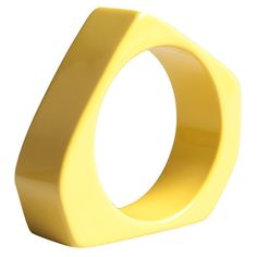 Marni Resin Bangle ($200) ❤ liked on Polyvore featuring jewelry, bracelets, yellow, bracelet bangle, hinged bangle, resin jewelry, marni en marni jewelry