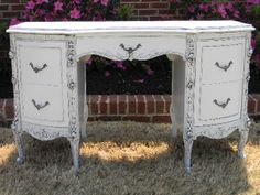 DIY:  French Dressing Table Tutorial - basic DIY listing products she used to paint, glaze & seal this piece.