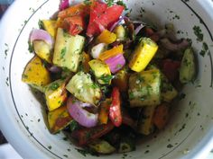 No, I haven't up and hopped the Atlantic again. I have, however, been eating up one of my favourite Italian-inspired veggie recipes. Obviously one of the reasons I love this so much is because it is so colourful. Roasted Veggie Salad, Grilled Vegetable Salads, Healthy Vegetables, Grilled Vegetables, Veggies, Summer Vegetable Recipes, Veggie Recipes, Real Food Recipes, Cooking Recipes