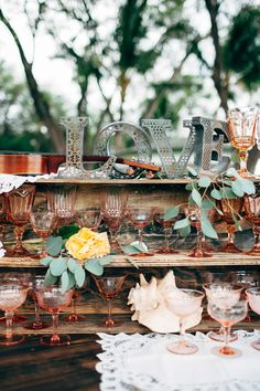 #vintage drink table wedding decor @weddingchicks
