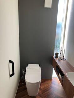 Bathroom Under Stairs, Small Bathroom, Bathroom Interior, Kitchen Interior, Japan House Design, Room Layout Design, Japanese Bathroom, Bathroom Vanity Designs, Classic House Design