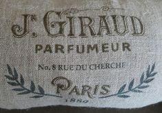 Taie de coussin polochon imprimé d'une publicité ancienne  de chez Jeanne d'Arc Living en vente sur www.perledelumieres.com