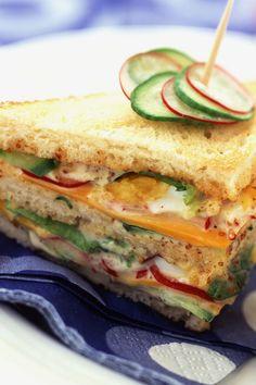 Club sandwich crudités moutarde #recette #sandwich #clubsandwich #triangle #piquenique