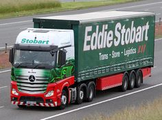 Mercedes Actros MP4 GK62 OZD Nic Chick - Eddie Stobart Eddie Stobart Trucks, Mercedes Actros, Mercedes Benz Trucks, Road Transport, Transport Companies, Fan Picture, Lamborghini Huracan, Commercial Vehicle, Cool Trucks