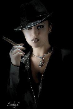 gif - Page 17 Beautiful Flowers Wallpapers, Beautiful Gif, Weekend Images, Cigars And Women, Lena Luthor, Amazing Gifs, Gif Photo, Cigar Smoking, Women Smoking