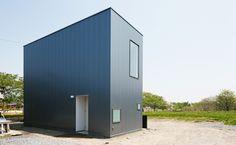 * s t u d i o L O O P Architects s h i n e  http://www.kenchikukenken.co.jp/works/1265940333/88/