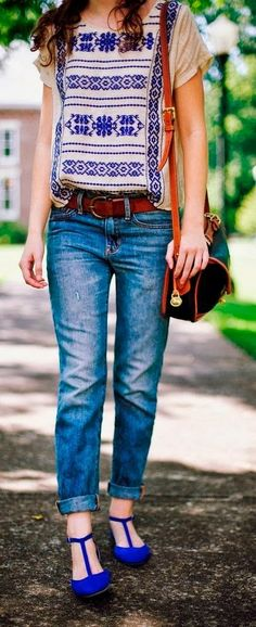 Love this summer look with a vintage Dooney and Bourke!