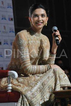 Deepika attends launch of 'Deewani Mastani' in the Pink City!   PINKVILLA