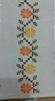 Cross Stitch Gallery, Cross Stitch Books, Cross Stitch Bookmarks, Cross Stitch Borders, Cross Stitch Rose, Cross Stitch Flowers, Cross Stitch Designs, Cross Stitching, Cross Stitch Embroidery