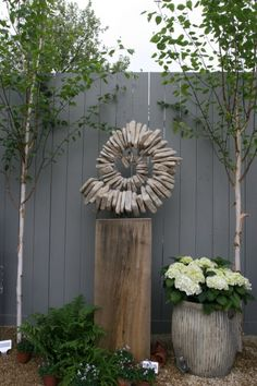 this is a good begin idea.... thanks Tom Tom Stogdon | 'Sandstone Ammonite III'. Steel armature, cotswold sandstone, oak