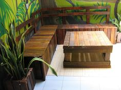 Table and bench made by Pallet