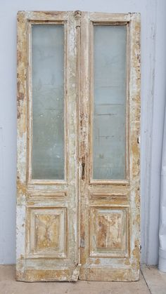 Check out this crucial photo and look into the here and now guidance on french door sliding Antique French Doors, Vintage Doors, French Antiques, Vintage Clocks, French Vintage, Interior Barn Doors, Exterior Doors, Entry Doors, Front Doors