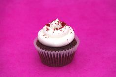 Red Velvet - The classic American red chocolate sponge with a swirl of cream cheese frosting on top. We wouldn't be a cupcake shop without this popular flavour!