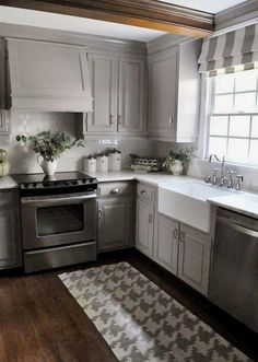 Kitchen Cabinetry - CLICK THE PICTURE for Various Kitchen Ideas. #cabinets #kitchenorganization