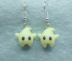 Luma Star Super Mario Galaxy Earrings Glow in por GeekonDreamland