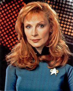 "The hot women of Star Trek TV Series: The Next Generation. Actres: Gates McFadden, who played ""Beverly Crusher"". Star Trek Enterprise, Star Trek Voyager, Science Fiction, Stargate, Red Headed Actresses, Gates Mcfadden, Beverly Crusher, Jonathan Frakes, Star Trek Images"