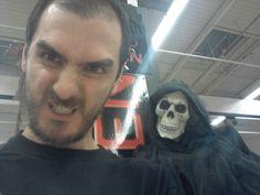 El Jefe Con Otro Invitado A Nuestra Fiesta Halloween 2012 ¡¡¡Que Buena Cara Tiene El Tio¡¡¡¡