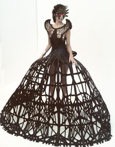 Sculptural Fashion - dramatic cage dress; dark fashion // Malgorzata Dudek