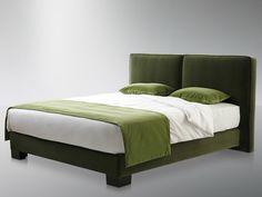 Cabeceira alta estofada para camas de casal CLUB by Treca Interiors Paris design Andreas Weber