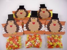 Cute little turkey treat bags - with a printable top tag
