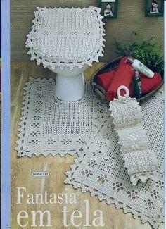 jogo de banheiro Crochet Decoration, Crochet Home Decor, Crochet Crafts, Crochet Projects, Crochet Mat, Wire Crochet, Crochet Doilies, Weekend Crafts, Crochet Stitches Patterns