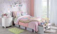 Tok&Stok Quartoteen Para meninas delicadas: móveis com design neutro ou inspiração romântica.