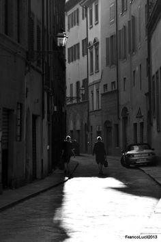 Two simmetric woman walking in the magic.