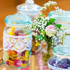 Colorful candybar for vintage wedding