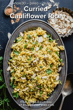 Delicious grain-free Curried Cauliflower Rice is packed with warm spices, crunchy almonds, & sweet raisins. It's the perfect side dish this fall season and it's grain-free and delish! Salt Free Recipes, Gluten Free Recipes Side Dishes, Healthy Side Dishes, Rice Recipes, Cooking Recipes, Healthy Recipes, Cauliflower Curry, Cauliflower Recipes, Vegetables