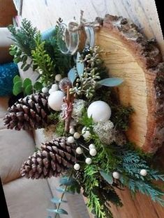 Advent, Diy Papier, Christmas Centerpieces, Christmas Wreaths, Holiday Decor, Modern, Christmas Table Centrepieces, Trendy Tree, Christmas Table Decorations